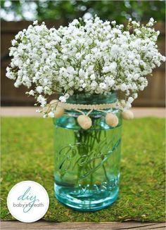 Mason Jar Floral Arrangement wedding decor, DIY wedding flowers, Baby's breath wedding inspiration #Valentines wedding flowers #wedding mason jar #March wedding www.dreamyweddingideas.com