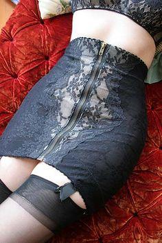 Dollhouse Bettie - Pinup and Vintage Lingerie - Lucy B Amelia High Waist Black Lace Zipper Girdle | Girdles | Retro & Pinup Lingerie | Shop