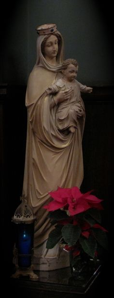 Madonna and Child, at St. Mark's Lutheran Church (December 2012)