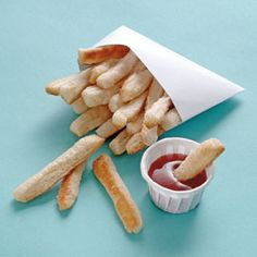 This April Fools' Day, pull a fast one (or better yet, a fast-food one!) on your kids by replacing a classic salty snack with a little something sweet: sugary fake fries.