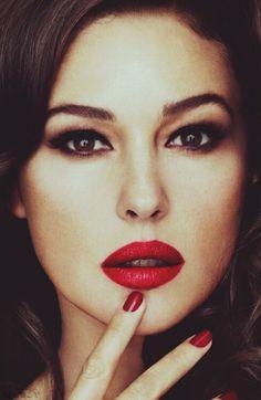 matte lipstick // love this look!