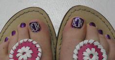 monogram toes