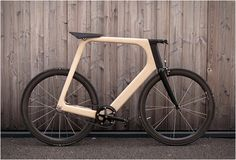 Arvak is a minimalist wooden bike designed by Paul Guerin and Till Breitfuss of Keim.