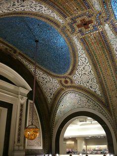 Tiffany dome: 6,000 sq. ft, 1.6 million pieces interior, tiffani glass, art, bathrooms, glass mosaic, marshalls, tiffani dome, chicago architectur, fields