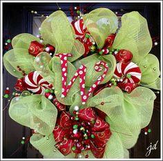 Christmas Mesh Wreath!