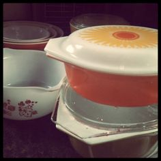 Bar Keepers Friend and Pyrex, cleaning.