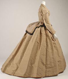 Dress (side view) 1865, British, Made of silk