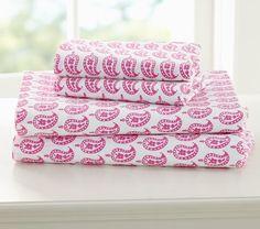 Preppy paisley sheets.