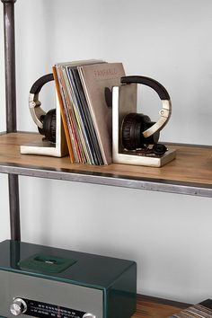 Headphone Bookend