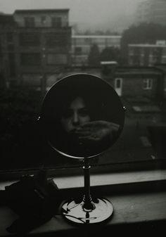 Jonė Reed | black and white | mirror image | reflection |