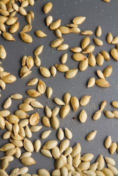 How To Roast Perfect Pumpkin Seeds – Easy, Crunchy, Addictive! — Oh She Glows