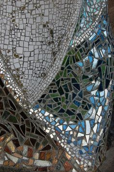 Mosaic made out of old CDs