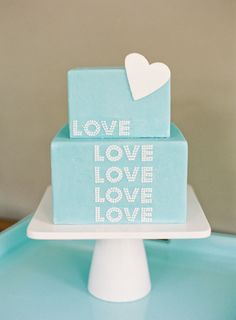 idea, tiffany blue, tiffani blue, blue cakes, wedding cakes, baby blues, fondant cakes, bridal showers, bridal shower cakes