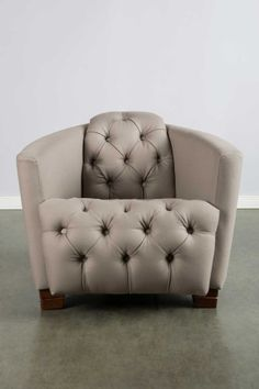 I think I love this chair