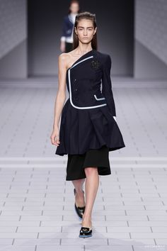 Viktor & Rolf - Look 1 from Collection Ready-to-wear 2013