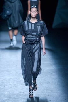 Y-3 Spring 2013 Ready-to-Wear Collection