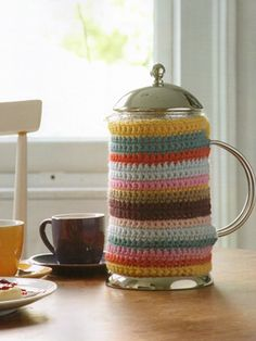 Cafetiere Cozy, pattern in Cute and Easy Crochet by Nicki Trench