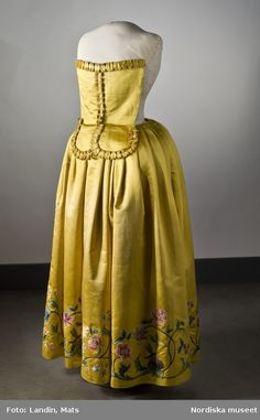 Dress, mid 18th century