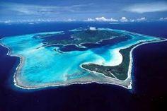 Give incandescent sun: The Bora-Bora island