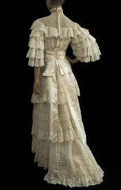 Valenciennes lace wedding dress, 1890s, from the Vintage Textile archives.