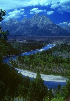 Teton Mountians and the Snake River.