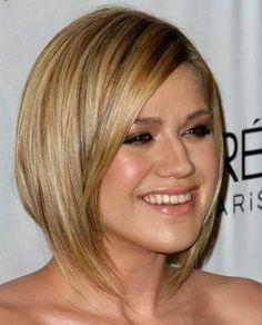 Kelly Clarkson hair