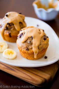 Peanut Butter Banana Muffins w/ Greek Yogurt via @Sally McWilliam [Sally's Baking Addiction]