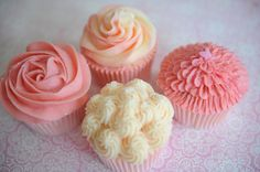 Buttercream piped 4 different ways for cupcakes