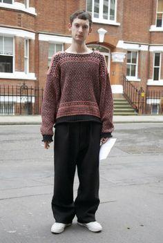 (via Kooky Sweater, LDN | Street Fashion | Street Peeper | Global Street Fashion and Street Style)