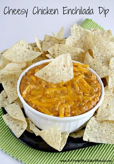 Cheesy Chicken Enchilada Dip ~ oh heavens this looks good! Butter with a Side f Bread #recipe