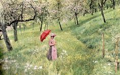 Lumière autochrome-La femme à l'ombrelle - among the first coloured pictures ever taken by Louis Lumiere.