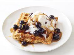 Blueberry-Maple Waffle Sundaes from #FNMag