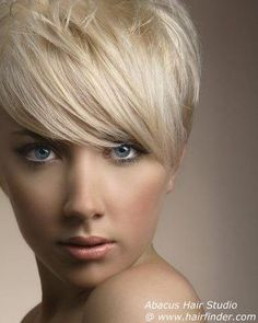 frisuren kurzhaar blond frauen
