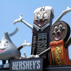 Hershey Park & Chocolate World (can't wait to go here this summer!!!)