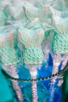 Mermaid Fin Cake Pops - fun!