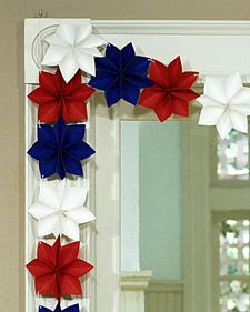 4th of July paper garland.
