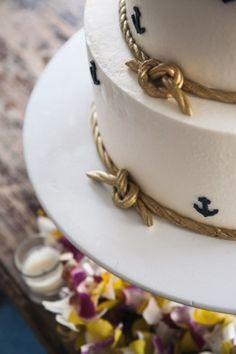 Wedding Cake at the Aquarium wedding cakes, aquarium event