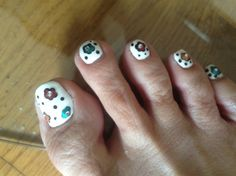 Pedi flowers by KARINOSS - Nail Art Gallery nailartgallery.nailsmag.com by Nails Magazine www.nailsmag.com #nailart