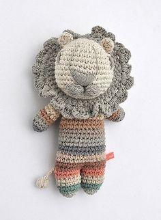 RED HEART YARN-FREE CROCHET HAT PATTERNS | Easy Crochet