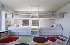 Double bunk beds at Montauk Lake House by Robert Young | Remodelista