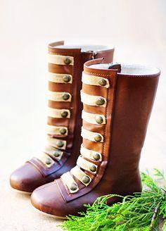 Gorgeous little boots!