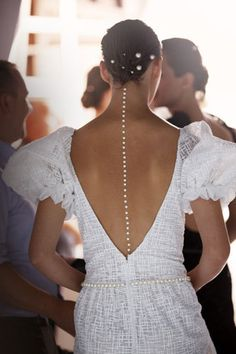 pearls down the back chanel 2012