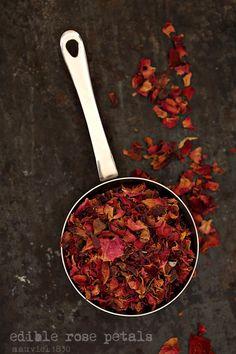 Edible rose petals #Mauviel1830 #headedfordessert #diwali #foodstyling #kitchenprops #foodphotography #ingredients #giftthanks