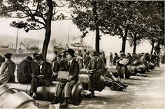 London in the 1920's - lunch break by the Tower Of London