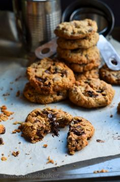 How to give/-/ Fig, walnut and dark chocolate cookies | The moonblush Baker