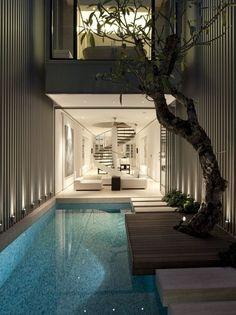Courtyard Pool - open plan living room