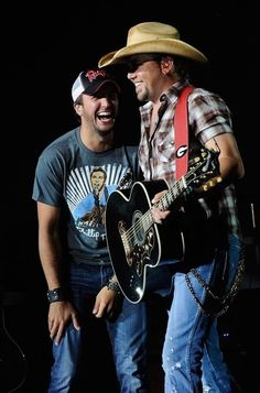 Find The Songs Themes Jason Aldean and His Entertainment Level. Must Read The Article Attached #Song #Theme #JasonAldean #Entertainment #Article #AskaTicket
