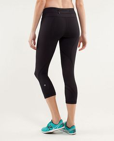 "Lulu Lemon - Run Inspire Crop II Pant : Spring 2013, Olivia Pope, Scandal, Episode 222 ""White Hats Back On"""