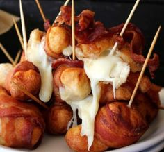 Cheesy Bacon Bombs... Pillsbury, Mozzarella, and bacon.. Recipe in the link and I am so trying these!