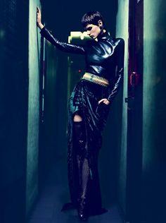 she-loves-fashion:  Saskia De Brauw by Nathaniel Goldberg